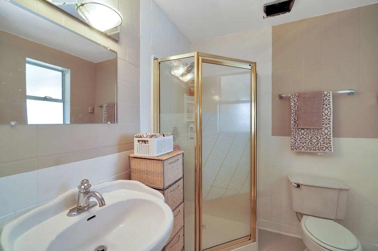 27096 28 AVENUE - Aldergrove Langley House/Single Family for sale, 3 Bedrooms (R2604167) - #27
