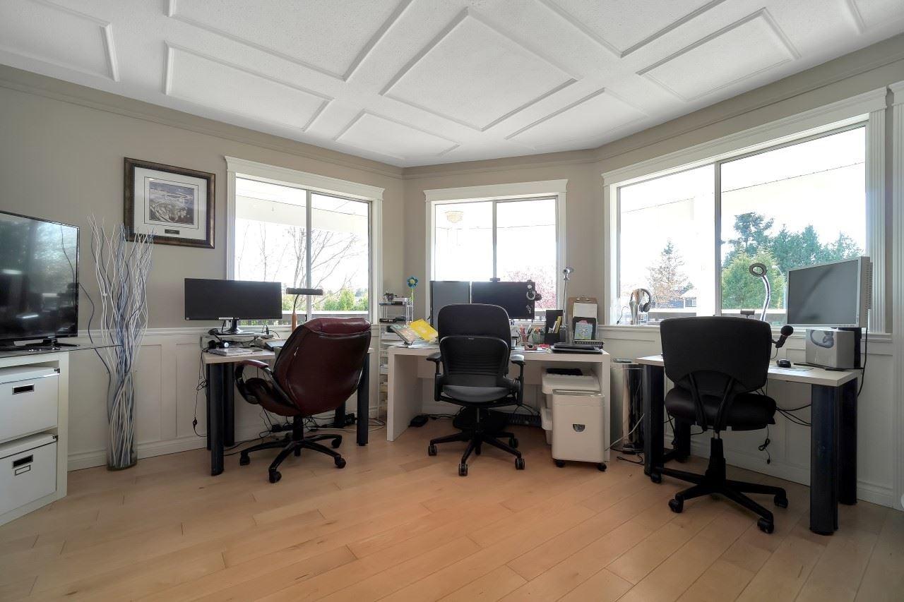 27096 28 AVENUE - Aldergrove Langley House/Single Family for sale, 3 Bedrooms (R2604167) - #29