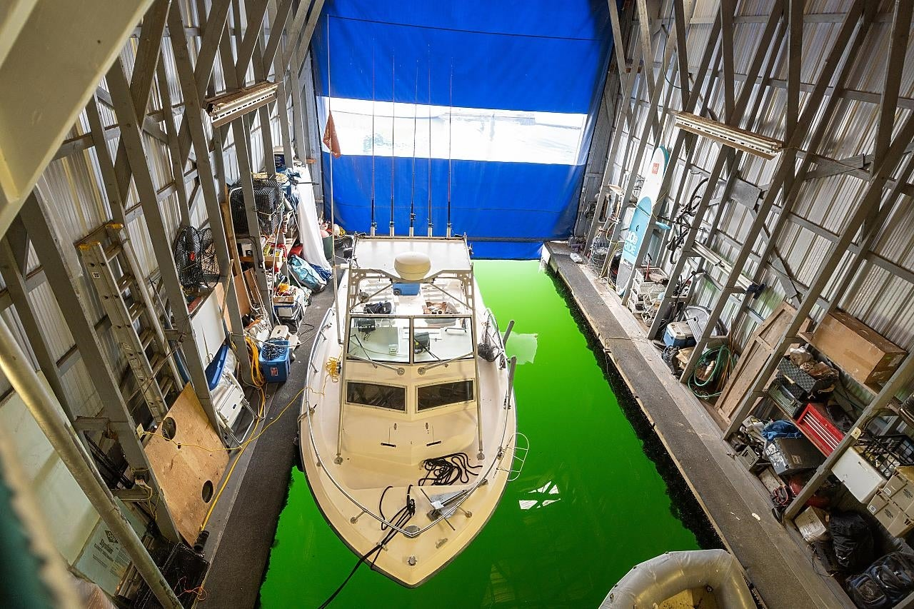 CBH104 415 W ESPLANADE - Lower Lonsdale House/Single Family for sale, 1 Bedroom (R2604284) - #1