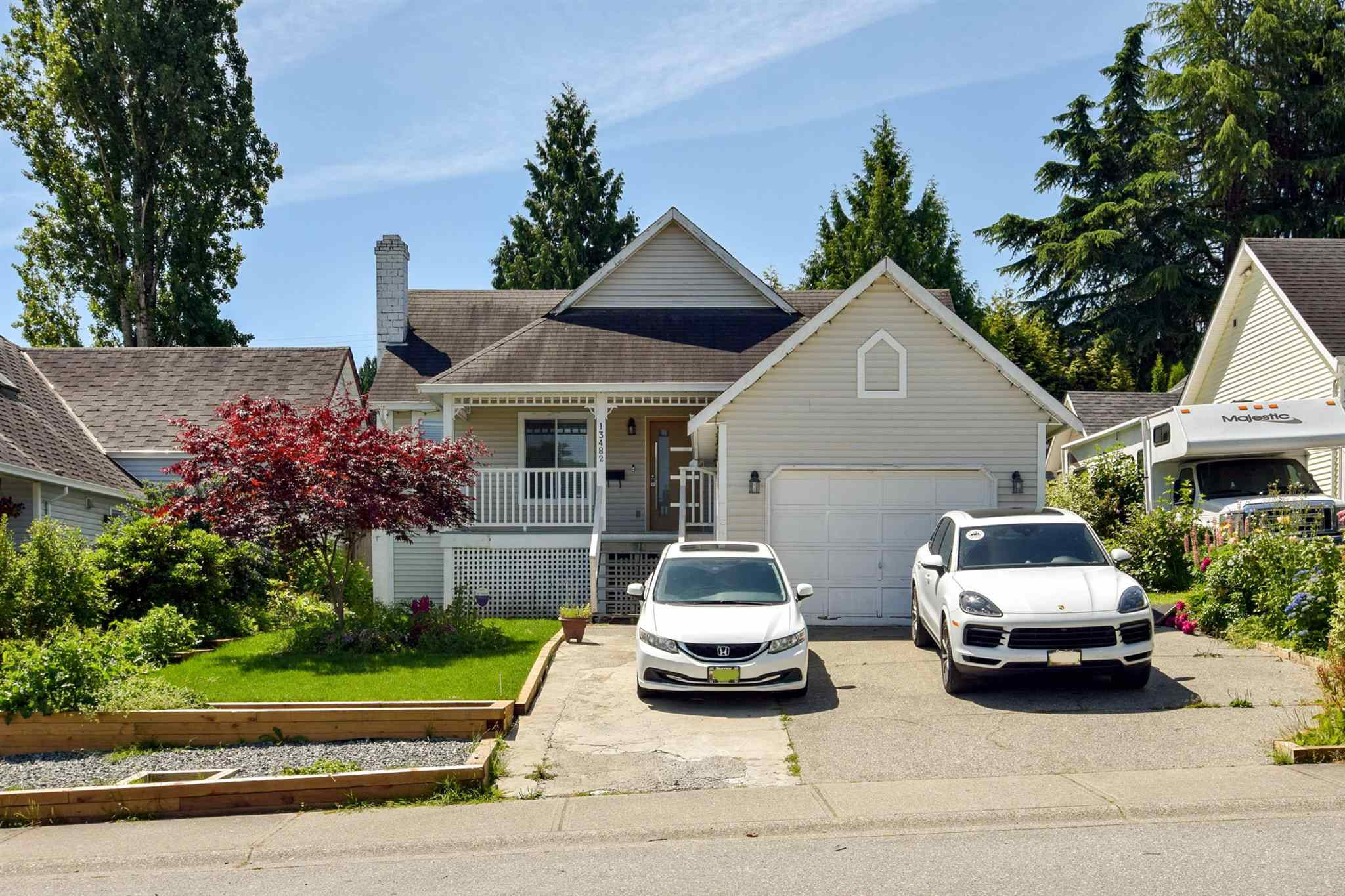 13482 62A AVENUE - Panorama Ridge House/Single Family for sale, 5 Bedrooms (R2604476) - #1