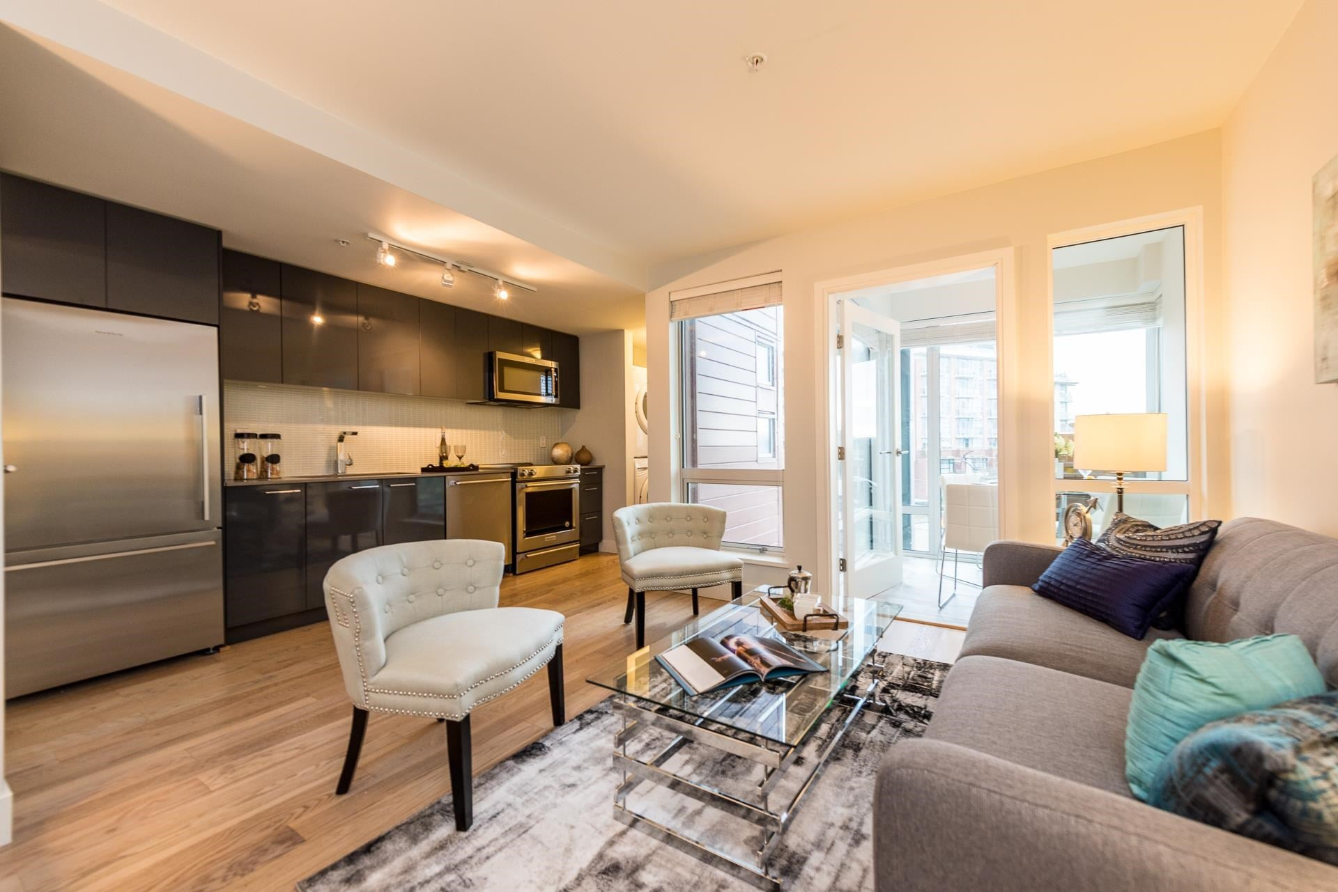 401 233 KINGSWAY - Mount Pleasant VE Apartment/Condo for sale, 1 Bedroom (R2604480) - #1