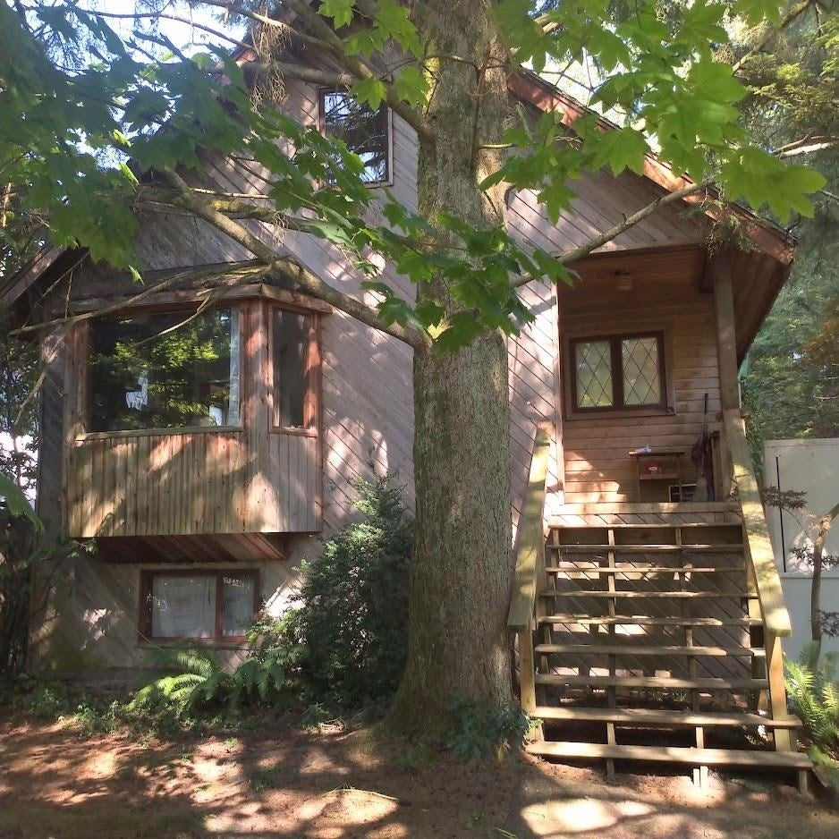 3604 HENDERSON AVENUE - Lynn Valley House/Single Family for sale, 3 Bedrooms (R2604482) - #1