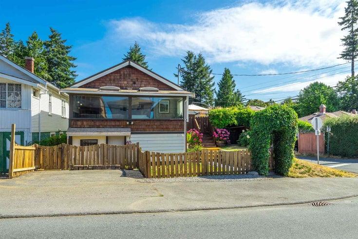 15591 VICTORIA AVENUE - White Rock House/Single Family for sale, 1 Bedroom (R2604648)