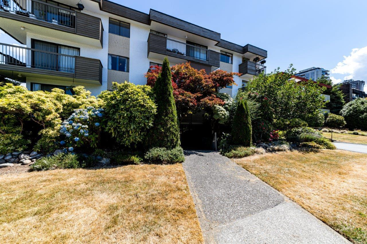 101 1650 CHESTERFIELD AVENUE - Central Lonsdale Apartment/Condo for sale, 2 Bedrooms (R2604663)