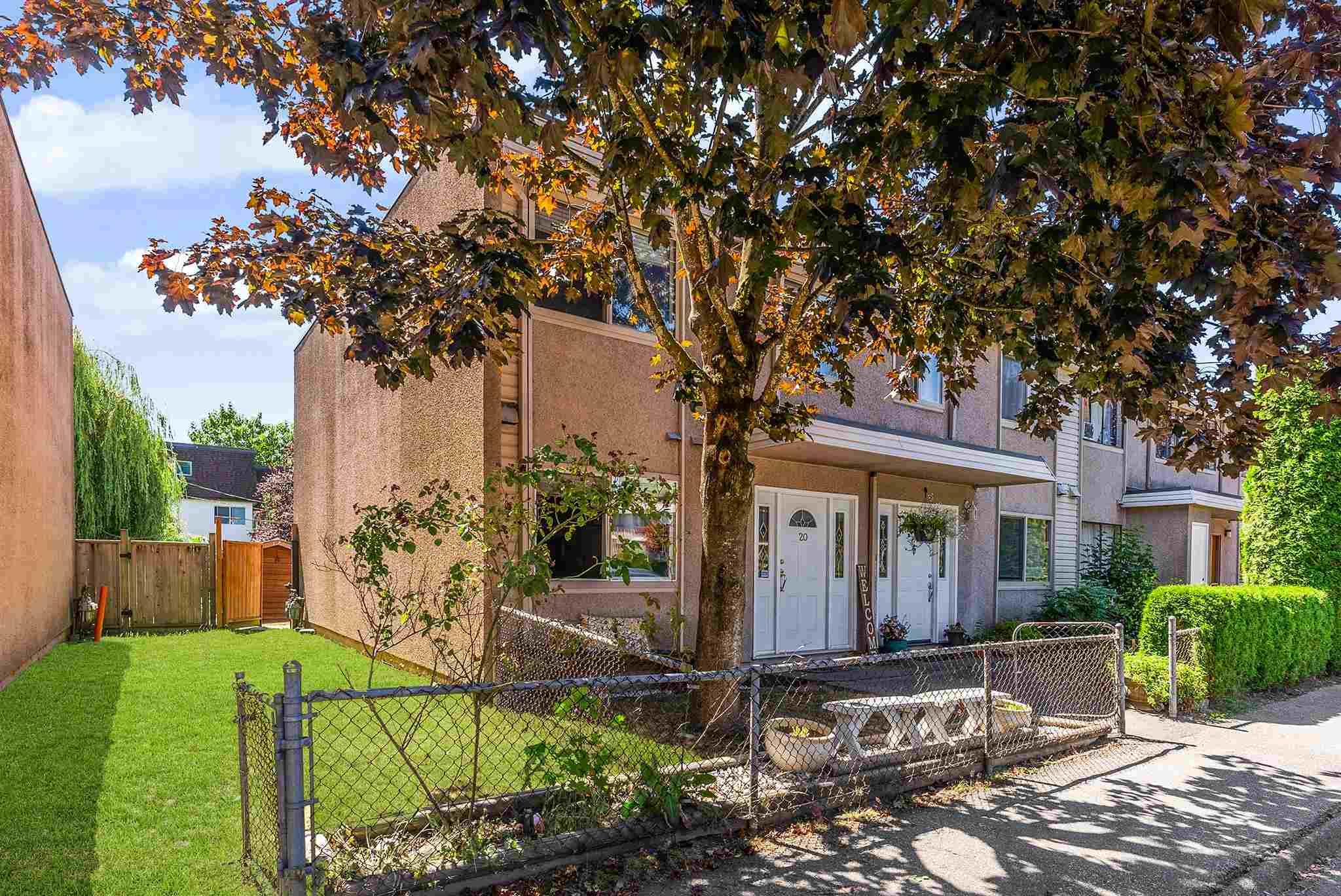 20 27090 32 AVENUE - Aldergrove Langley Townhouse for sale, 3 Bedrooms (R2604693) - #1