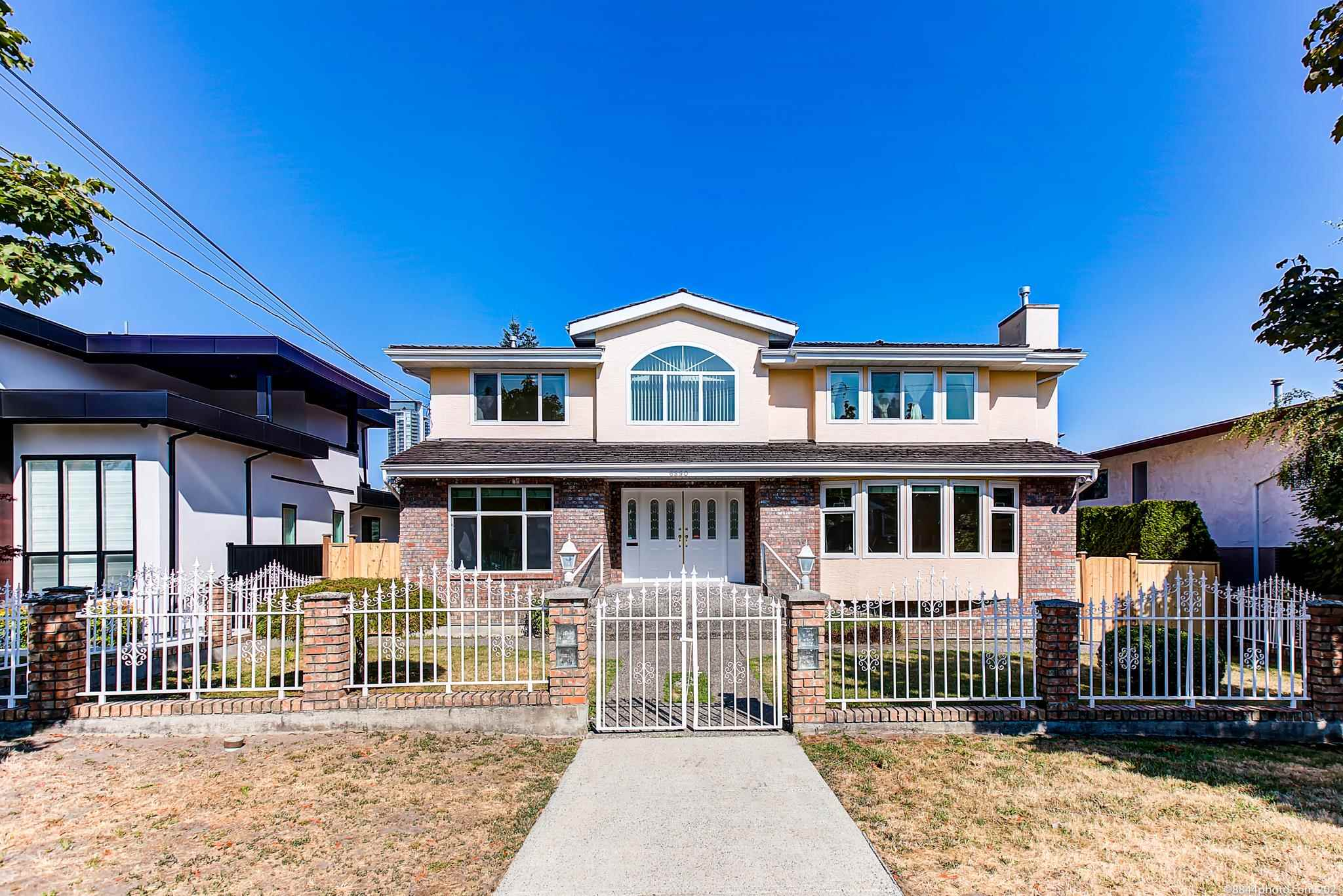 6890 FREDERICK AVENUE - Metrotown House/Single Family for sale, 6 Bedrooms (R2604695) - #1