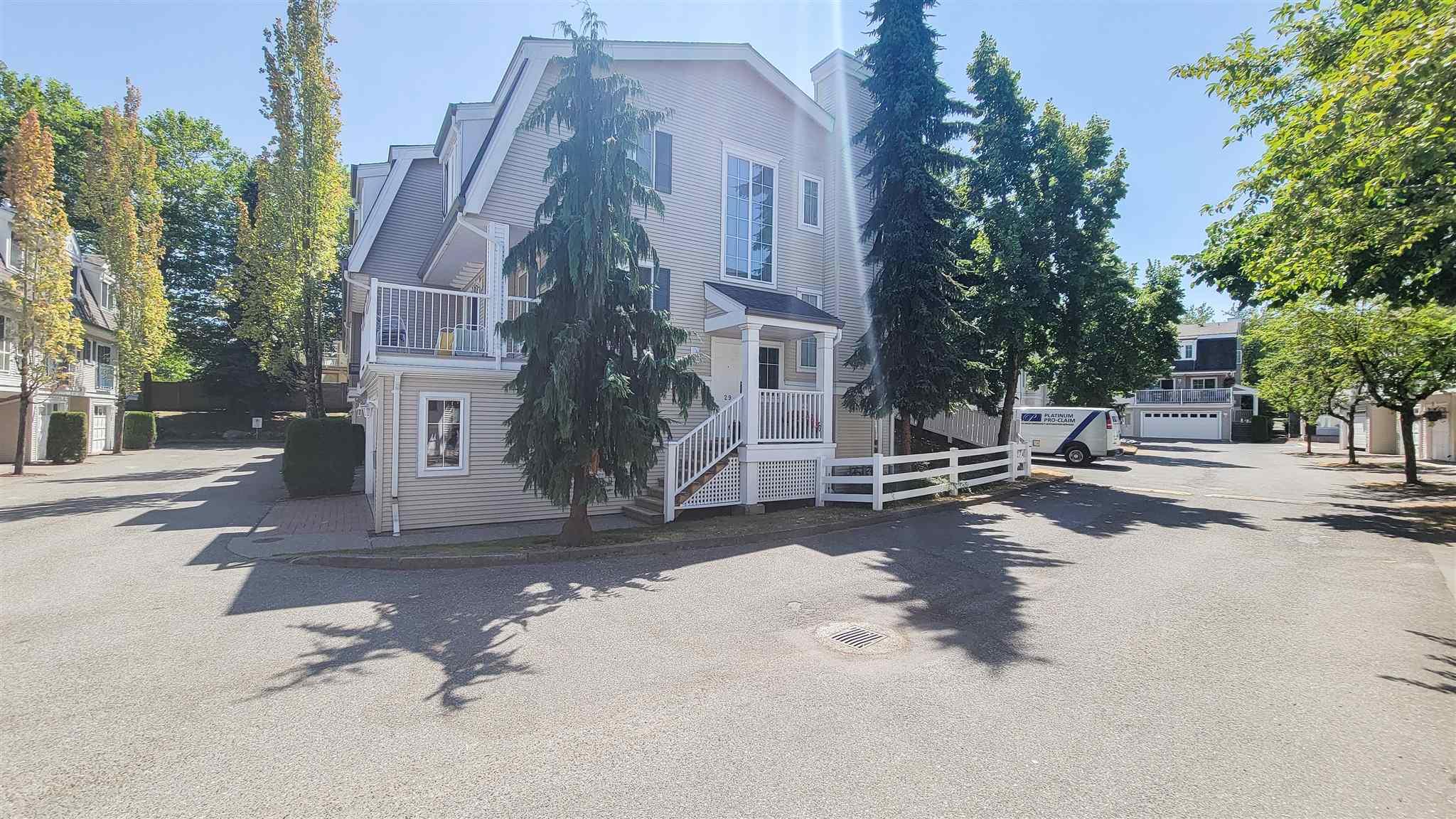29 8930 WALNUT GROVE DRIVE - Walnut Grove Townhouse for sale, 4 Bedrooms (R2604734) - #1