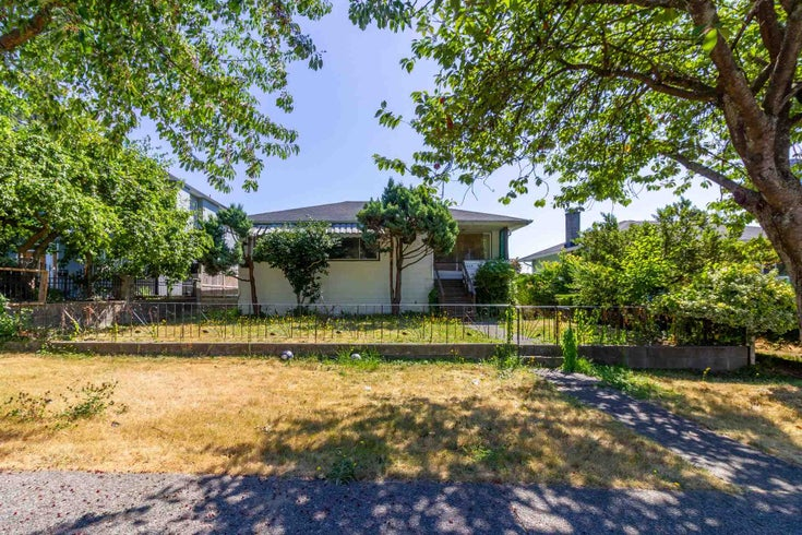 1440 ROSSER AVENUE - Willingdon Heights House/Single Family for sale, 4 Bedrooms (R2604798)