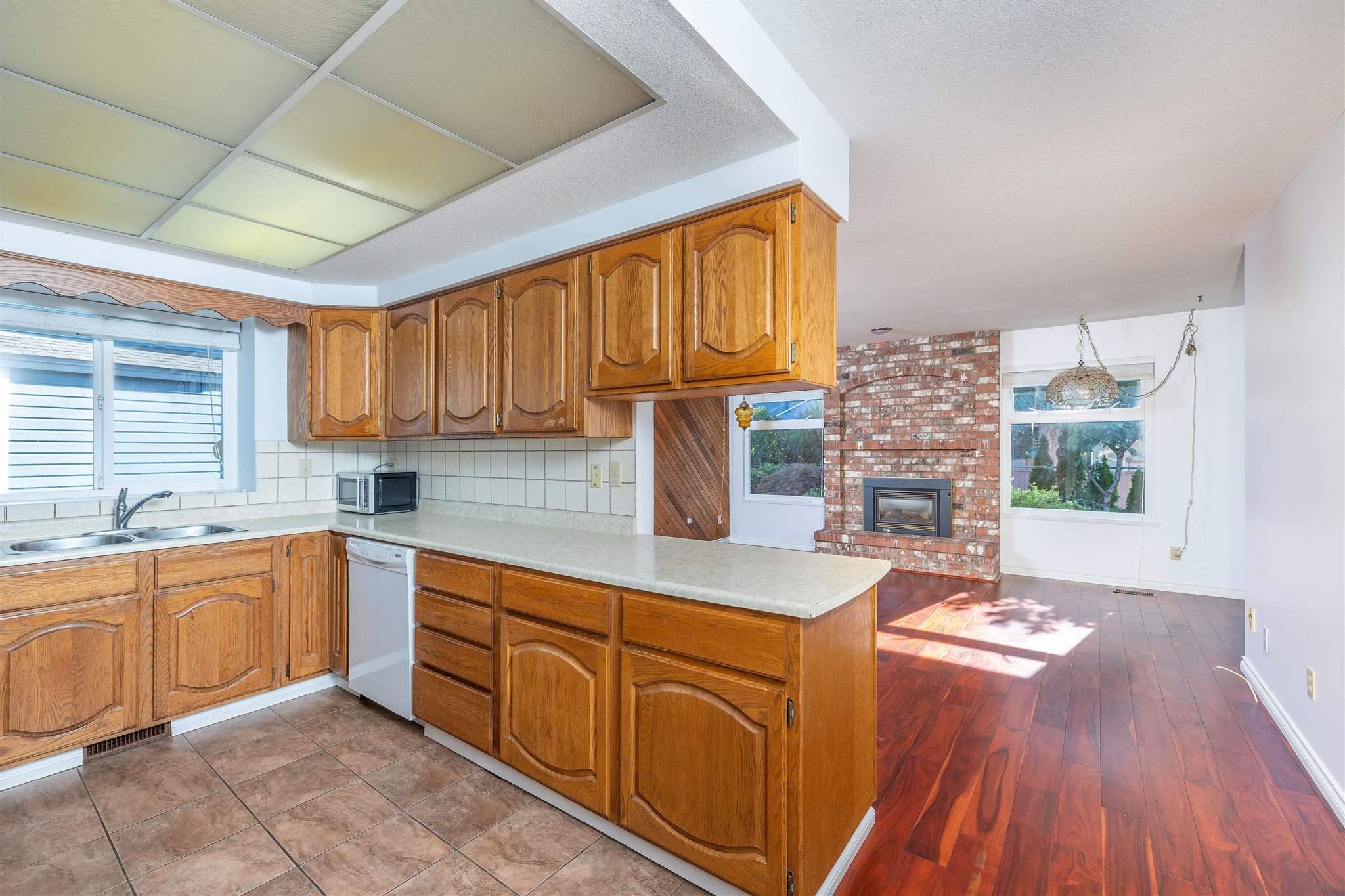 1743 148A STREET - Sunnyside Park Surrey House/Single Family for sale, 3 Bedrooms (R2604804) - #10