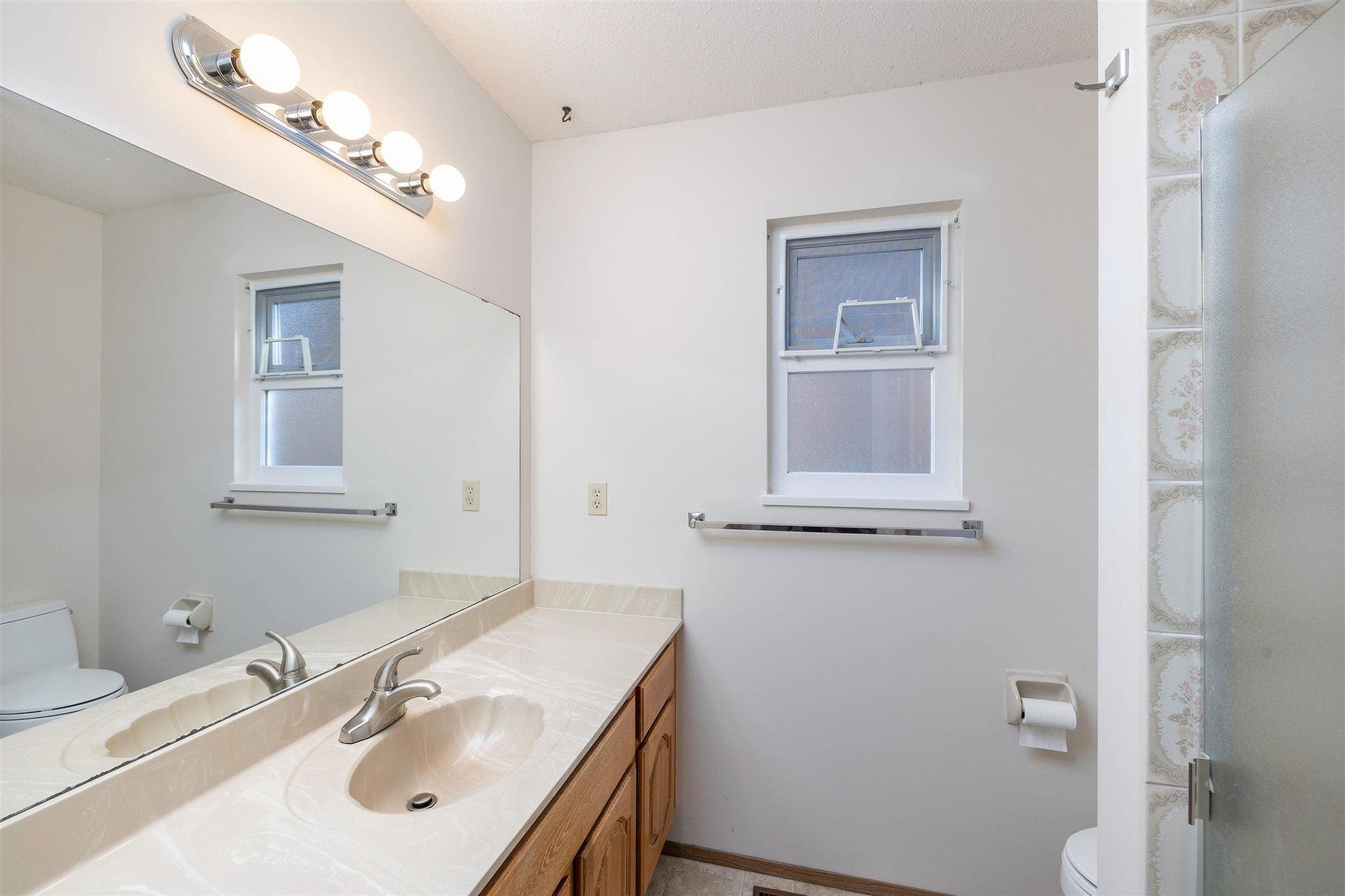 1743 148A STREET - Sunnyside Park Surrey House/Single Family for sale, 3 Bedrooms (R2604804) - #16