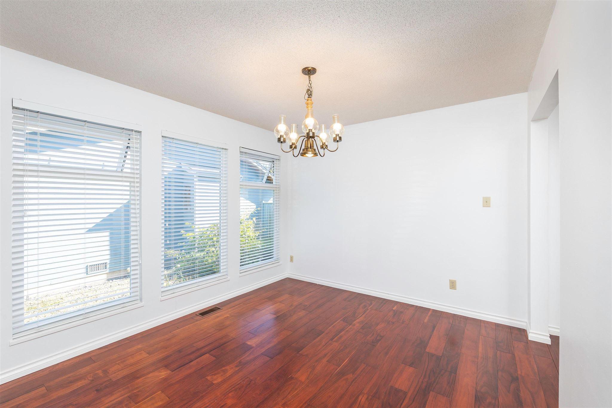 1743 148A STREET - Sunnyside Park Surrey House/Single Family for sale, 3 Bedrooms (R2604804) - #7
