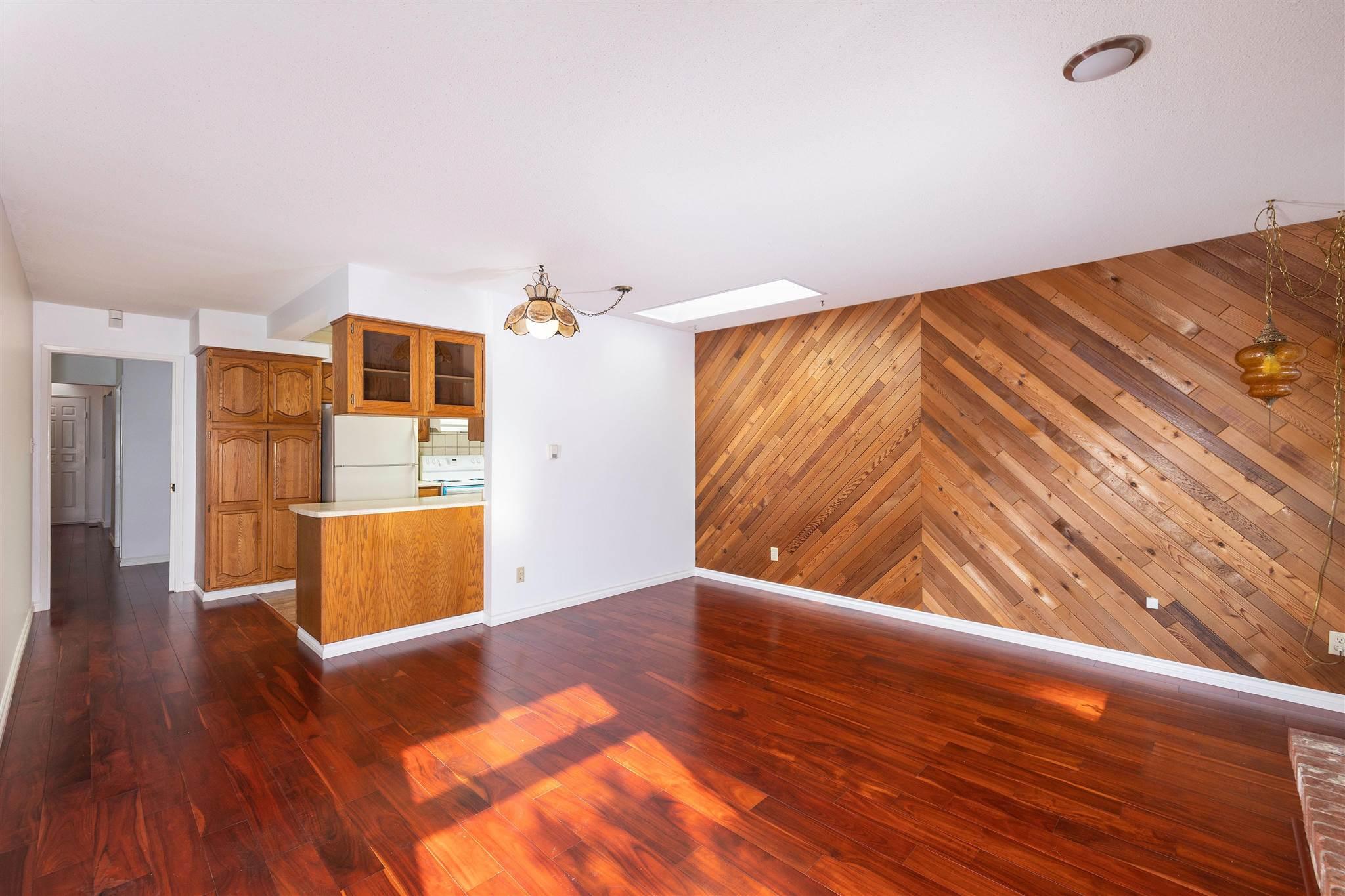 1743 148A STREET - Sunnyside Park Surrey House/Single Family for sale, 3 Bedrooms (R2604804) - #9