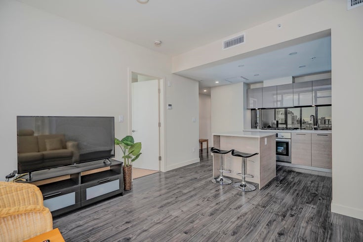 604 6383 MCKAY AVENUE - Metrotown Apartment/Condo for sale, 3 Bedrooms (R2604834)