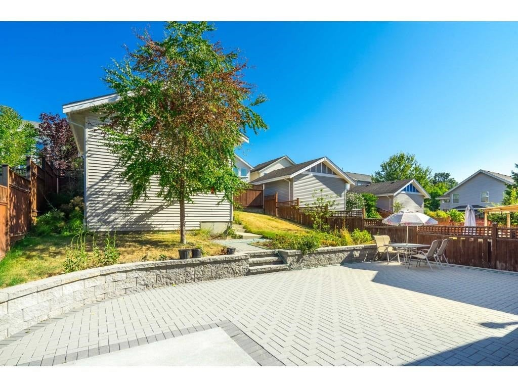20499 67 AVENUE - Willoughby Heights House/Single Family for sale, 5 Bedrooms (R2604985) - #31