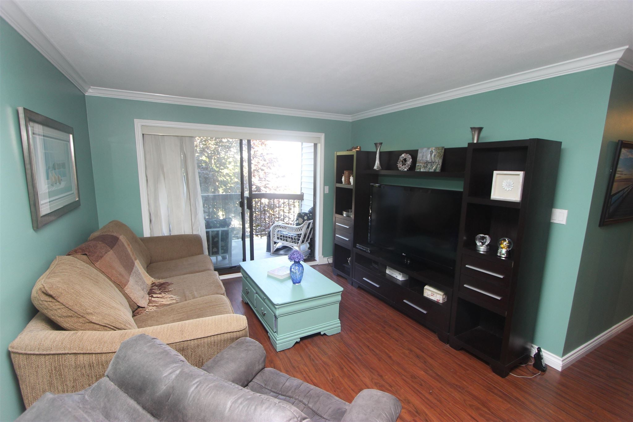 202 15290 THRIFT AVENUE - White Rock Apartment/Condo for sale, 2 Bedrooms (R2605009) - #1