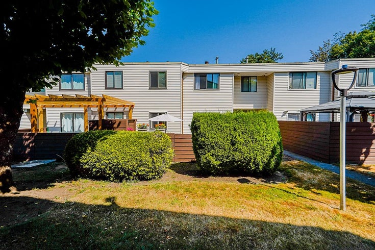 107 14153 104 AVENUE - Whalley Townhouse for sale, 2 Bedrooms (R2605139)