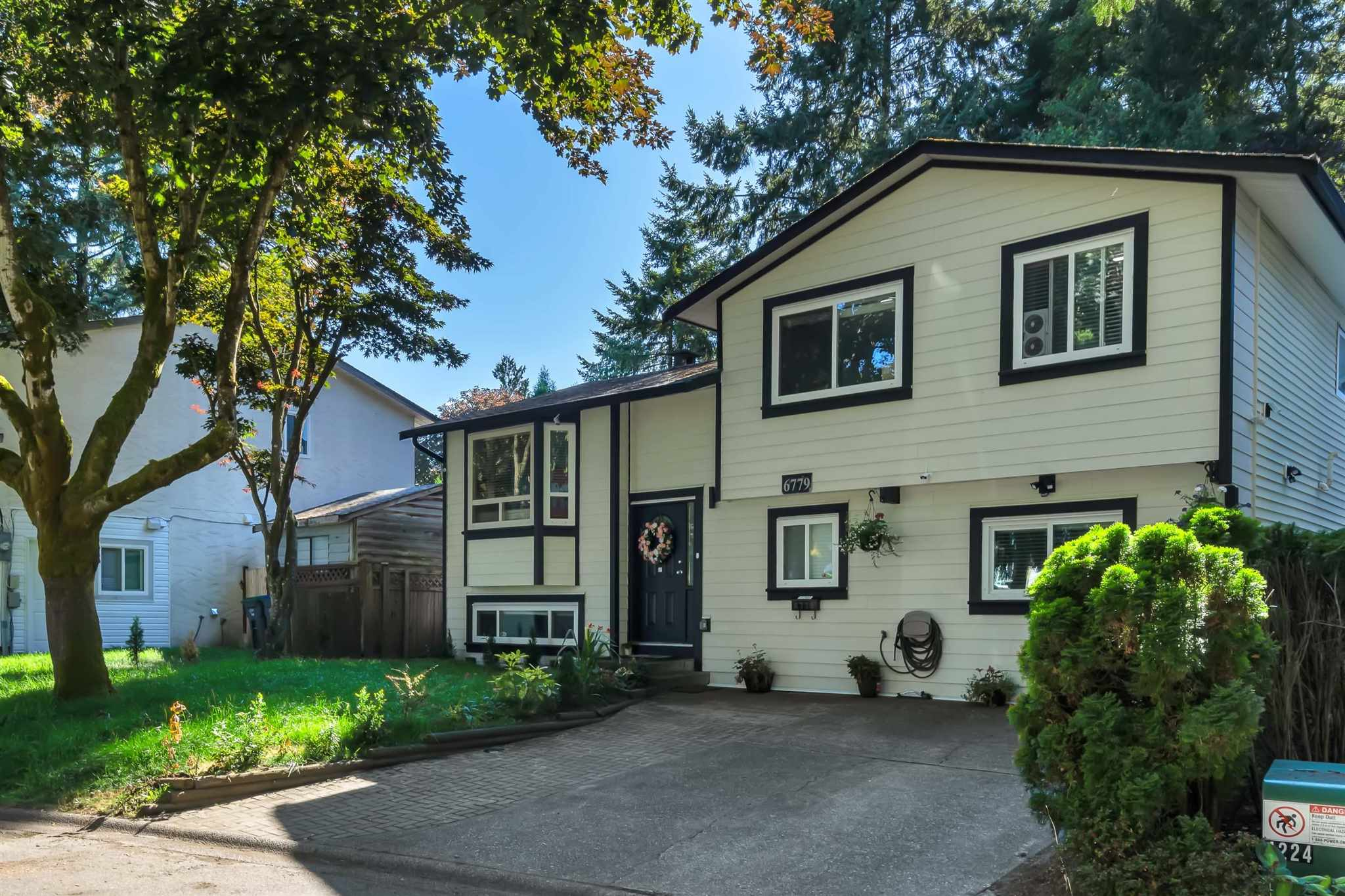 6779 128B AVENUE - West Newton House/Single Family for sale, 7 Bedrooms (R2605237) - #1