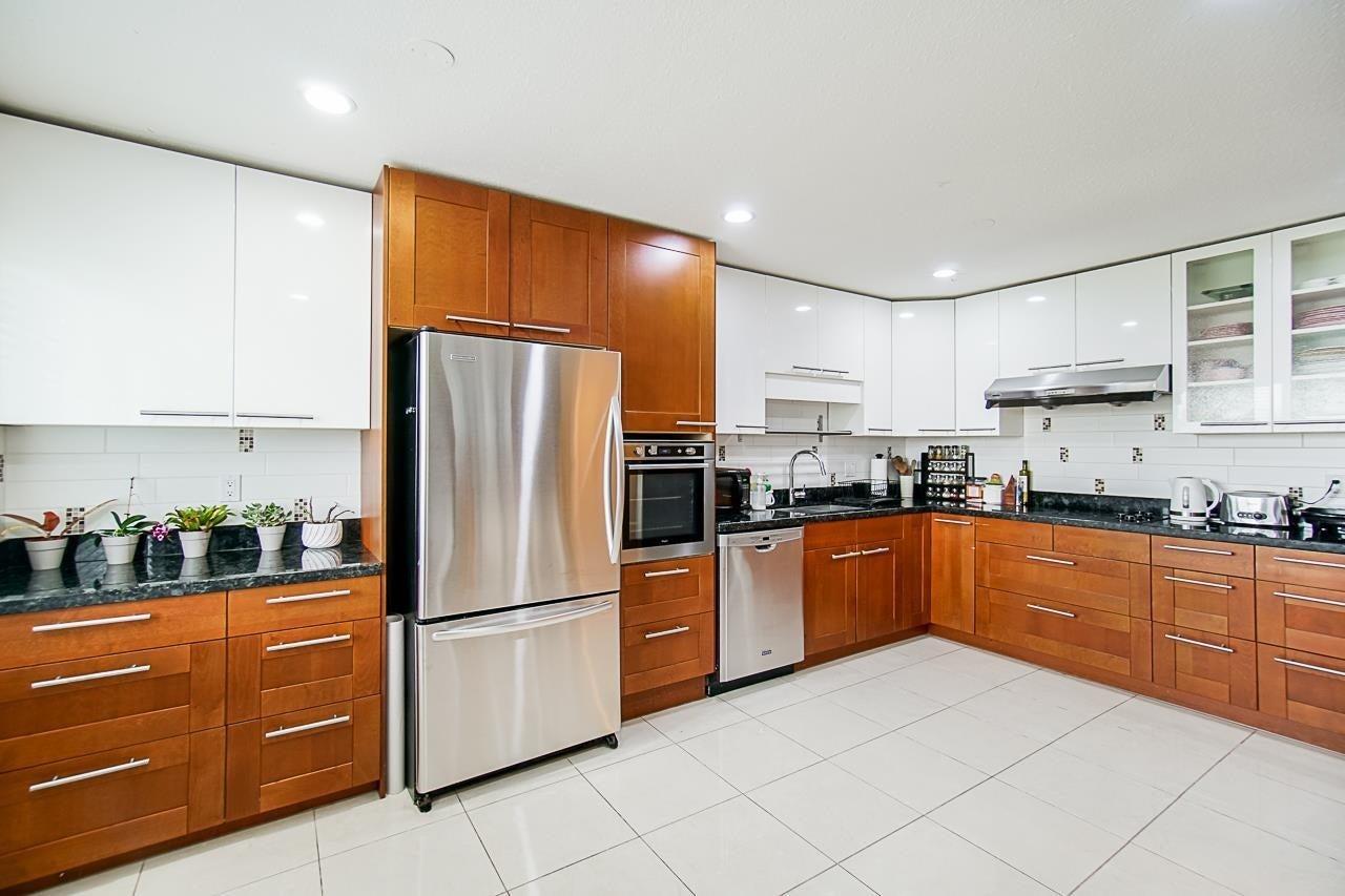 10500 ARGENTIA DRIVE - Steveston North 1/2 Duplex for sale, 5 Bedrooms (R2605367)