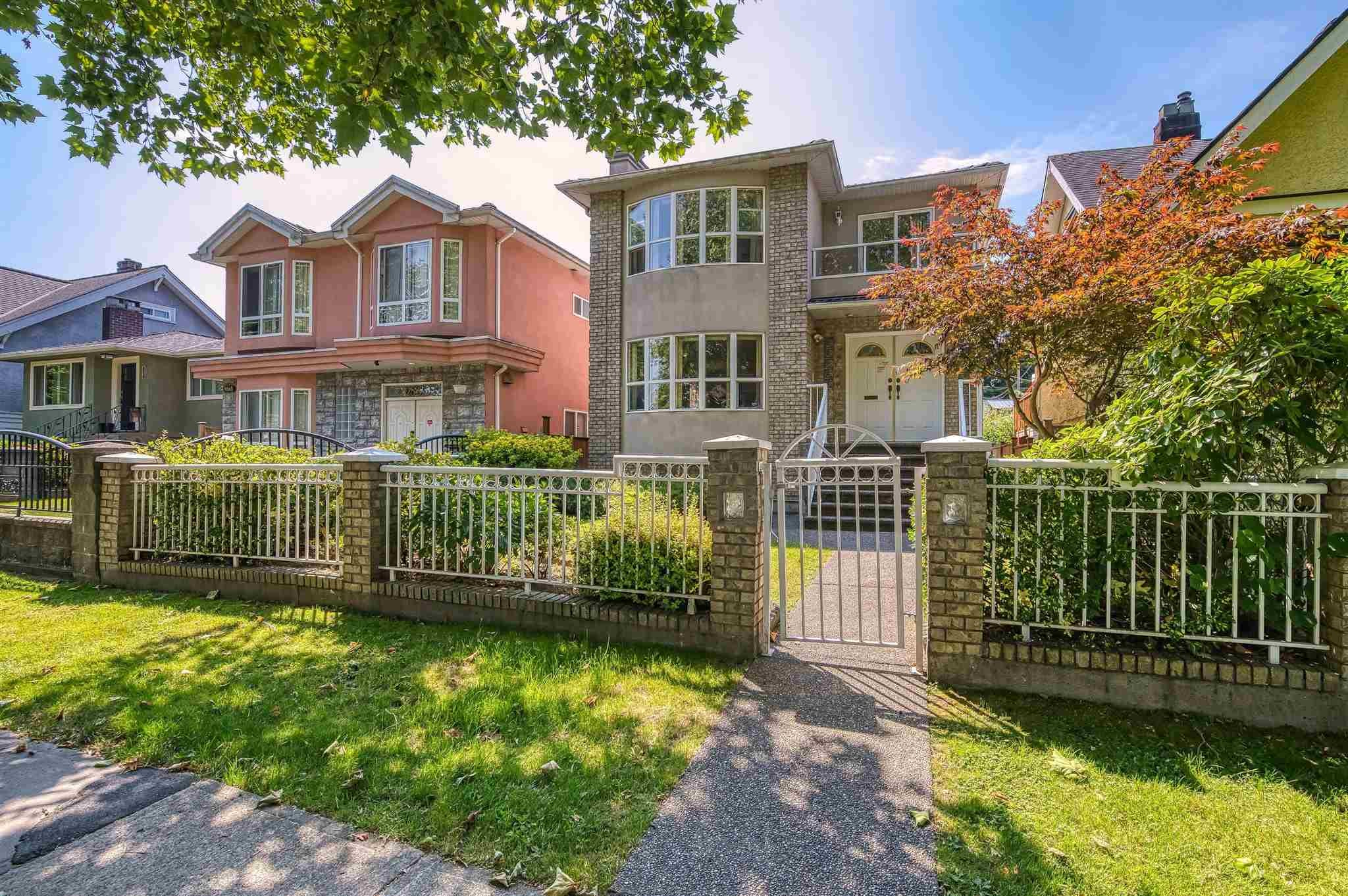2822 KITCHENER STREET - Renfrew VE House/Single Family for sale, 6 Bedrooms (R2605382) - #1