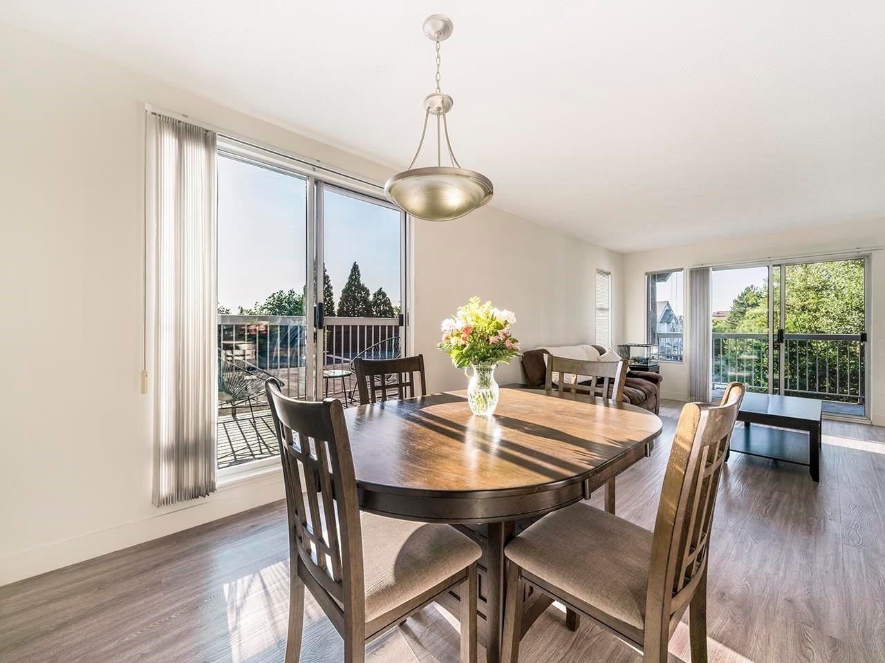 306 5700 200 STREET - Langley City Apartment/Condo for sale, 2 Bedrooms (R2605385) - #1