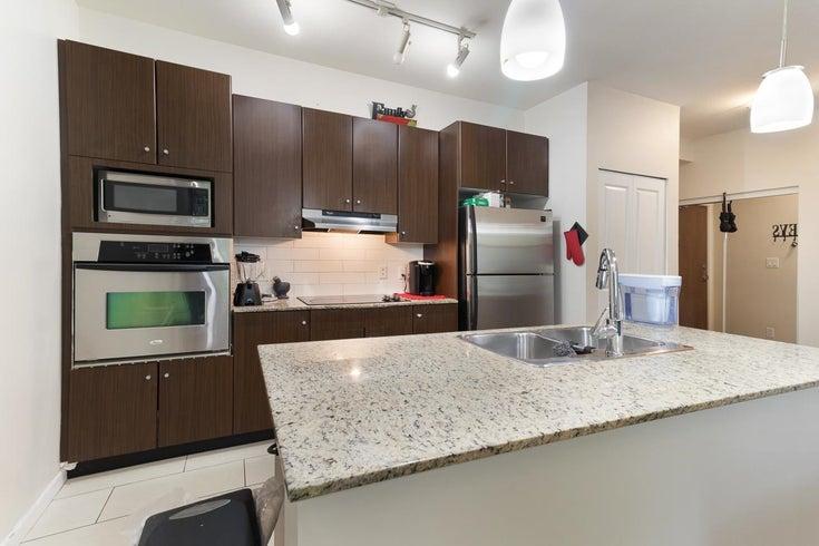 210 15388 101 AVENUE - Guildford Apartment/Condo for sale, 2 Bedrooms (R2605387)