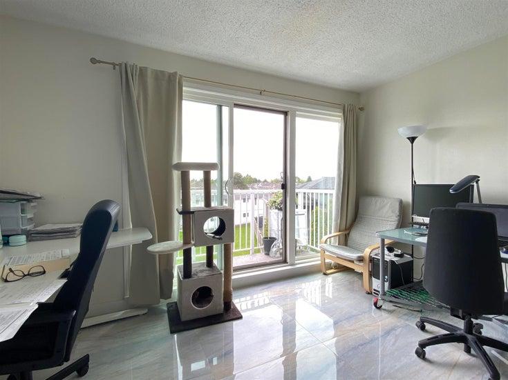 304 7240 LINDSAY ROAD - Granville Apartment/Condo for sale, 2 Bedrooms (R2605393)