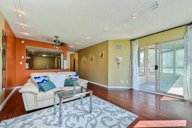 303 14881 103A AVENUE - Guildford Apartment/Condo for sale, 2 Bedrooms (R2605434)