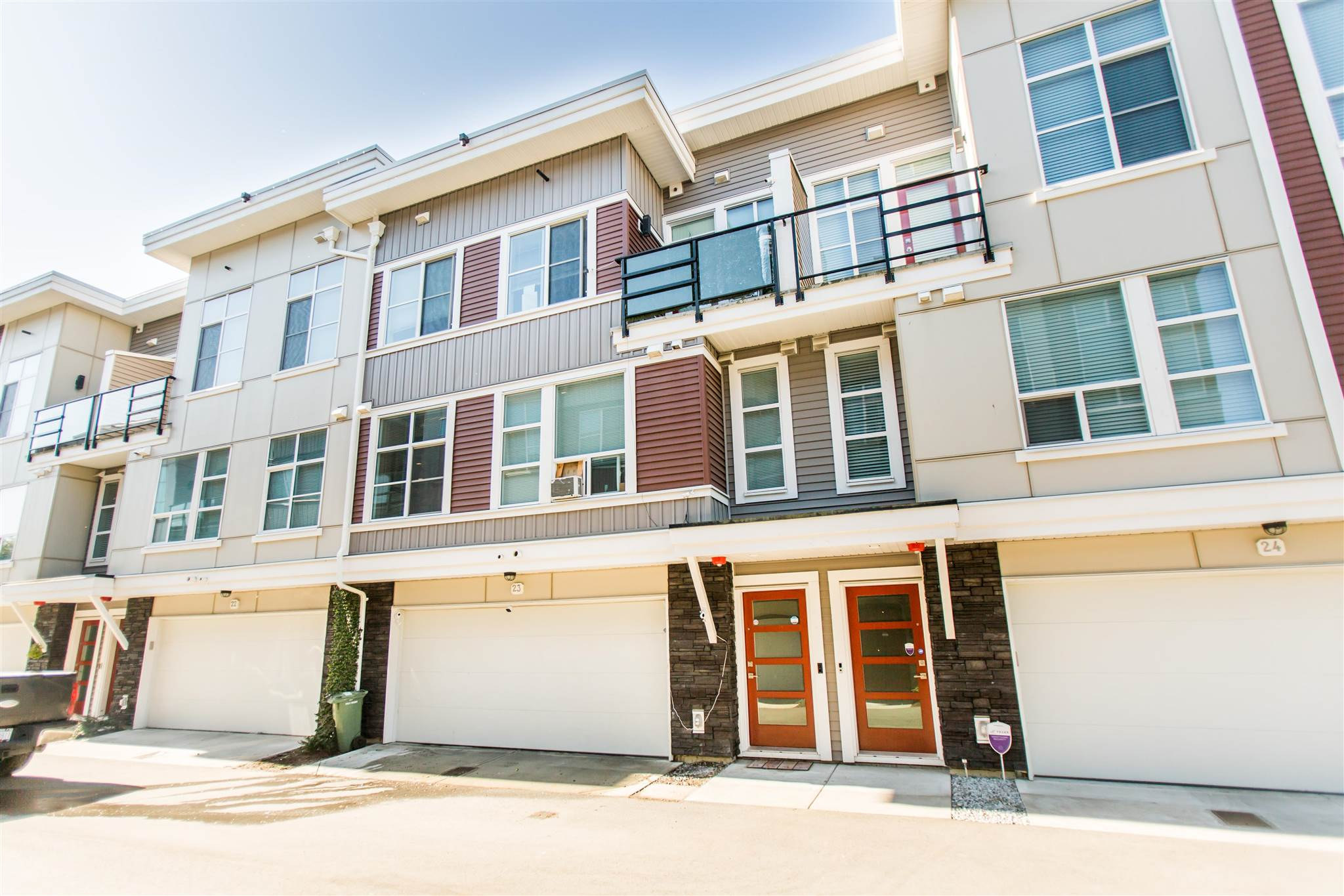 23 8466 MIDTOWN WAY - Chilliwack W Young-Well Townhouse for sale, 3 Bedrooms (R2605440) - #1