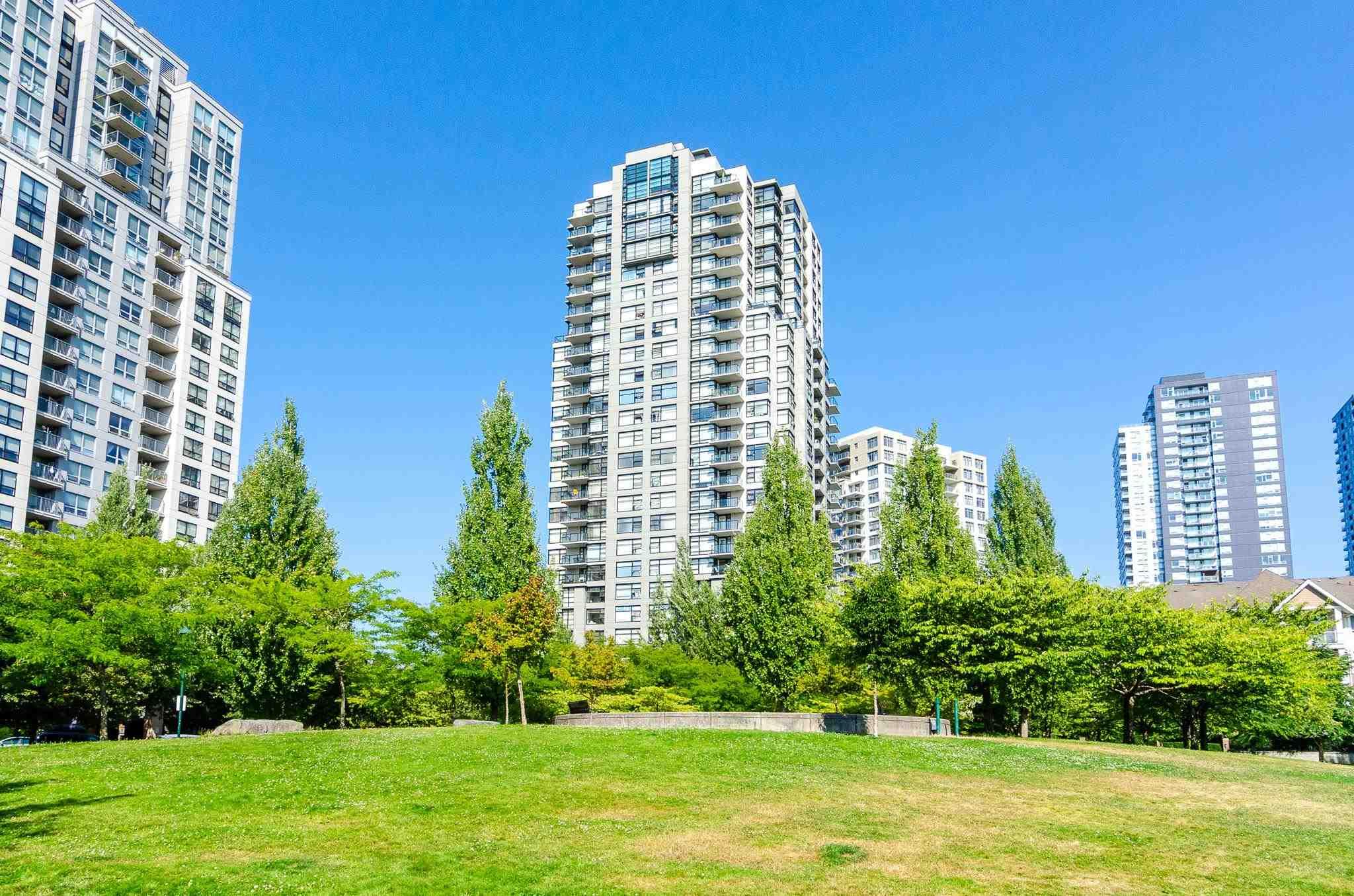 117 5380 OBEN STREET - Collingwood VE Apartment/Condo for sale, 1 Bedroom (R2605564) - #1
