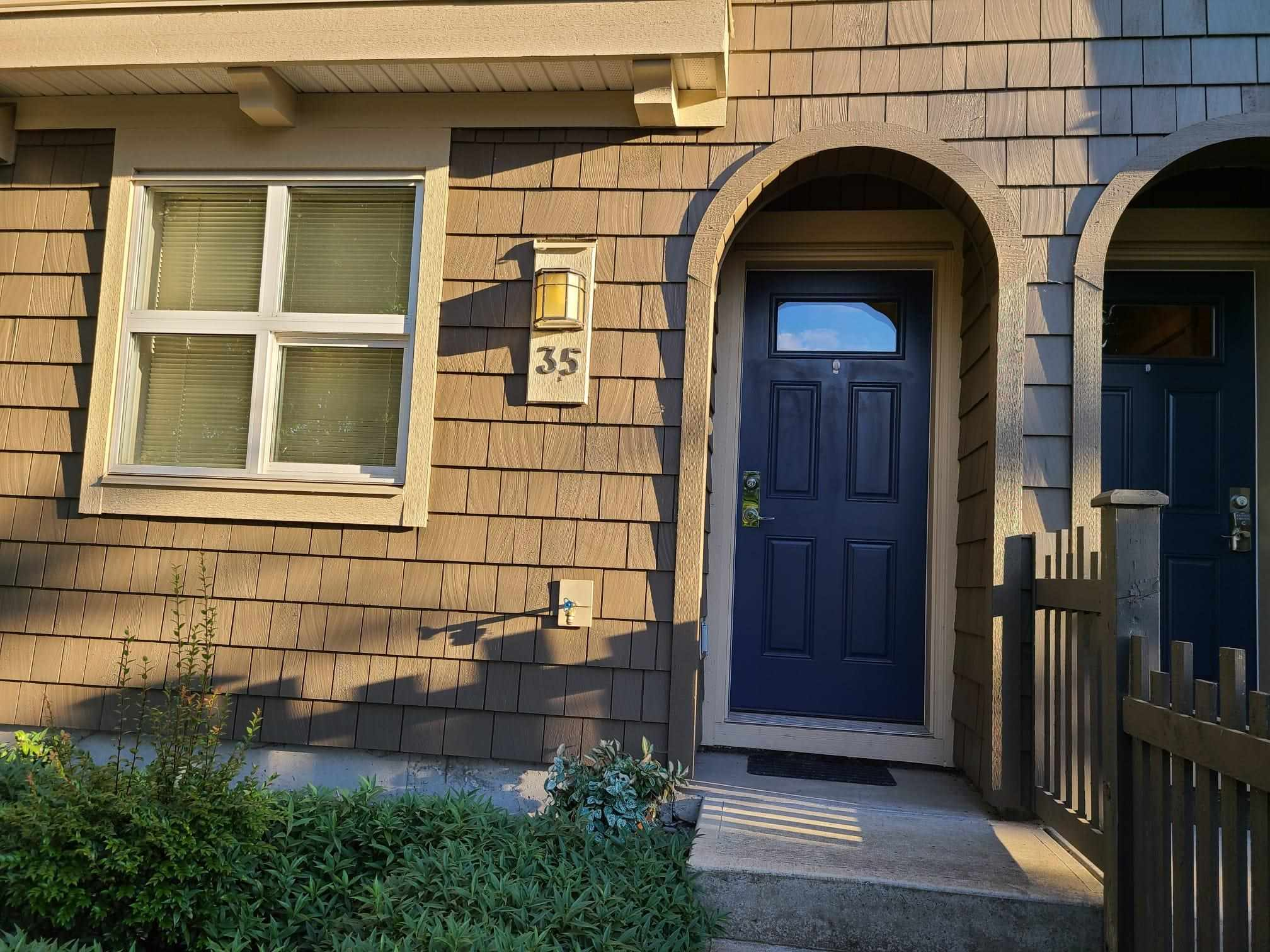 35 7938 209 STREET - Willoughby Heights Townhouse for sale, 2 Bedrooms (R2605624) - #1
