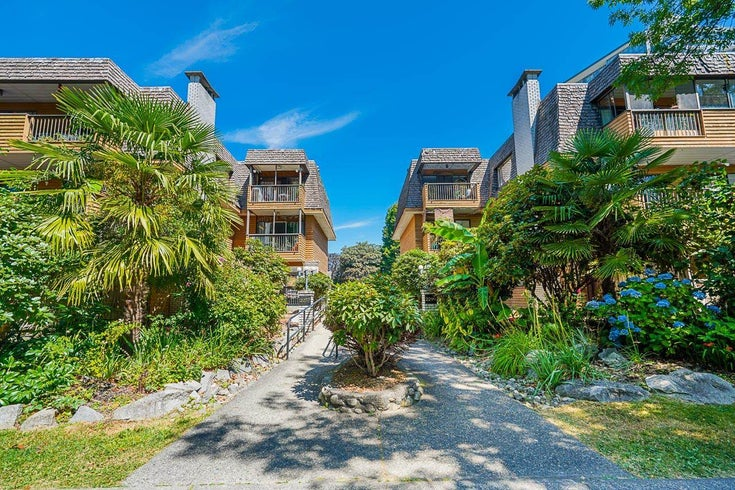 202 2299 EAST 30TH AVENUE - Victoria VE Apartment/Condo for sale, 2 Bedrooms (R2605813)