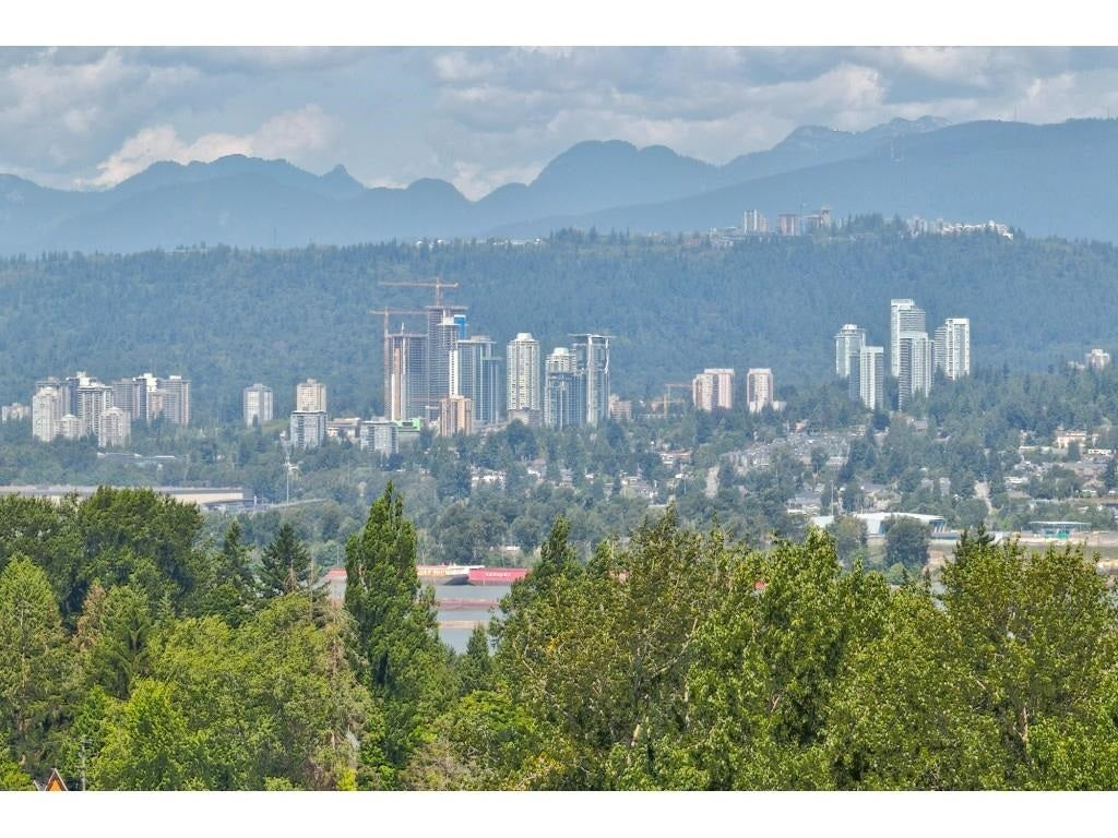 1203 13353 108 AVENUE - Whalley Apartment/Condo for sale, 1 Bedroom (R2605872)
