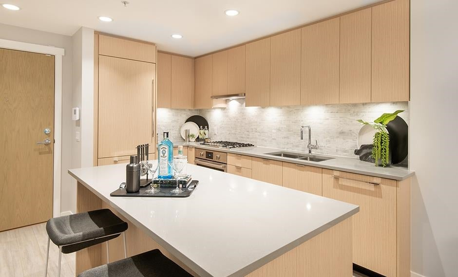 121 9213 ODLIN ROAD - West Cambie Apartment/Condo for sale, 2 Bedrooms (R2605959)