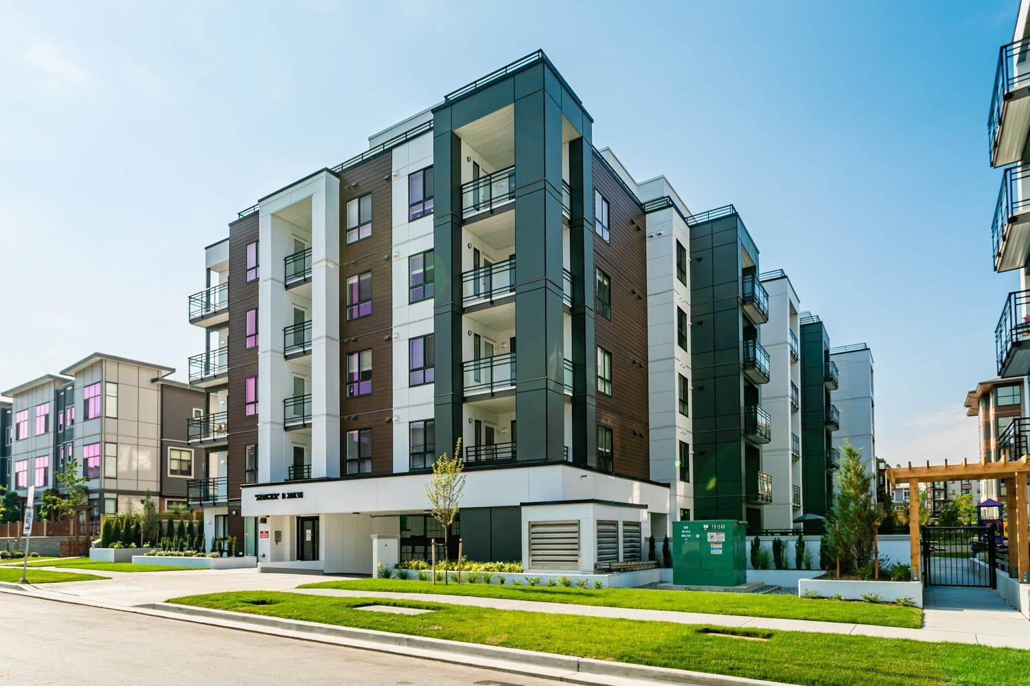 412B 20838 78B AVENUE - Willoughby Heights Apartment/Condo for sale, 2 Bedrooms (R2605965) - #1