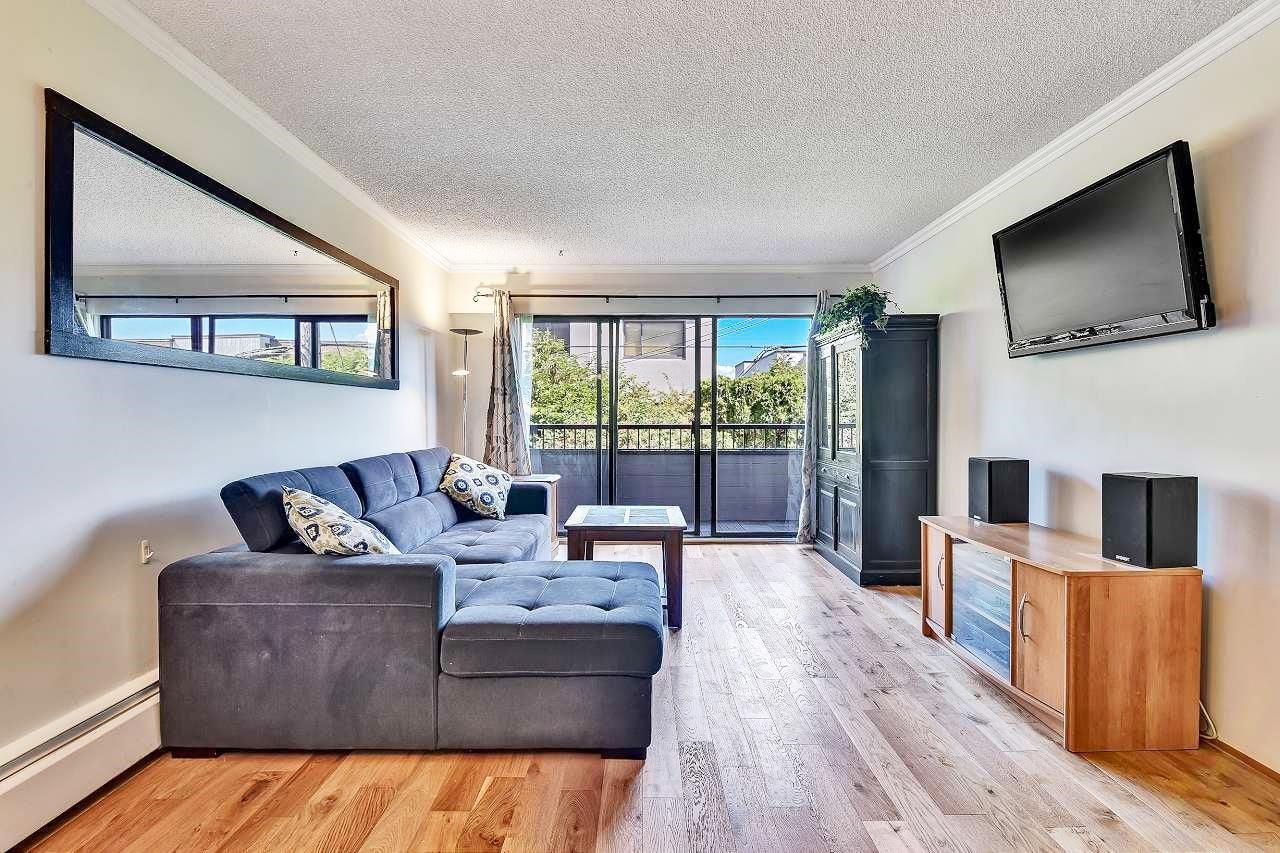 206 2475 YORK AVENUE - Kitsilano Apartment/Condo for sale, 1 Bedroom (R2606001) - #1