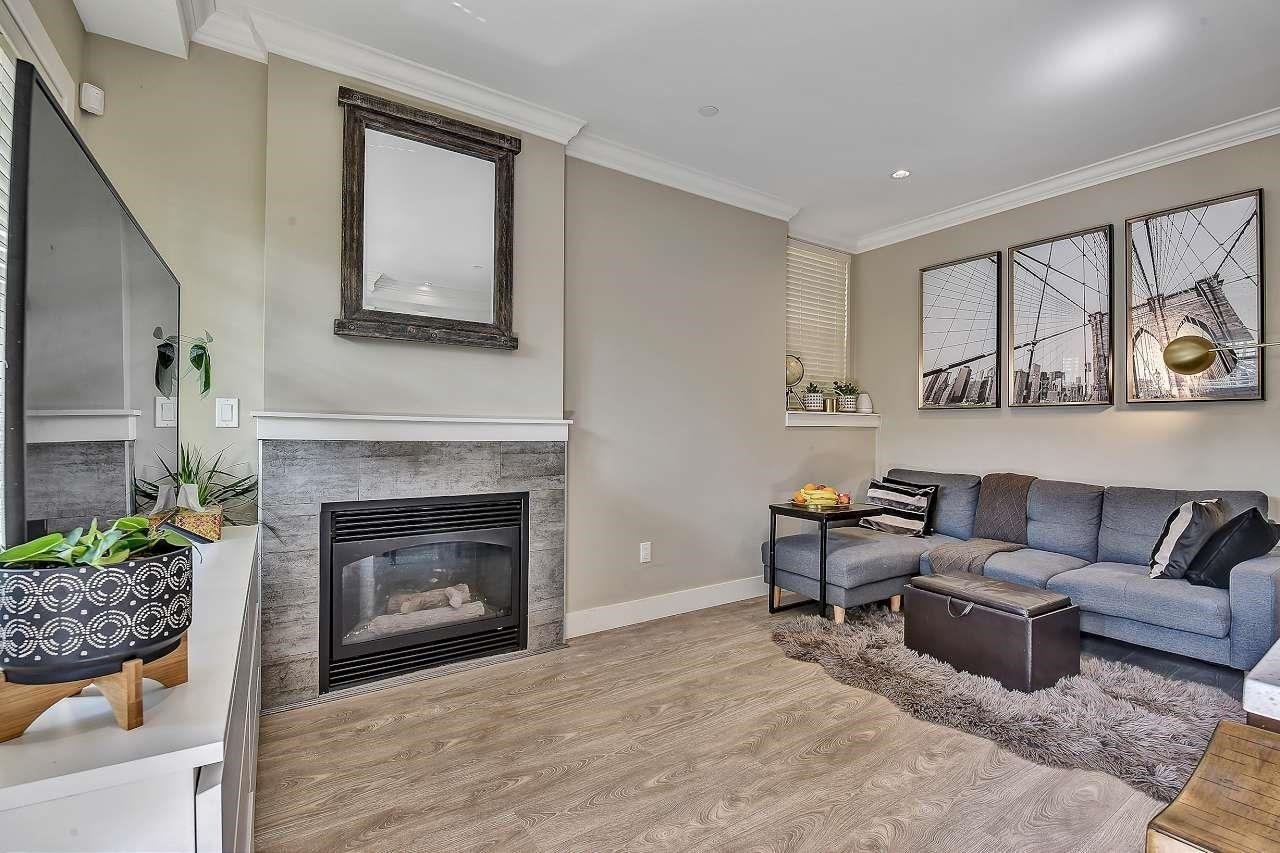 102 4575 SLOCAN STREET - Collingwood VE Townhouse for sale, 3 Bedrooms (R2606038)