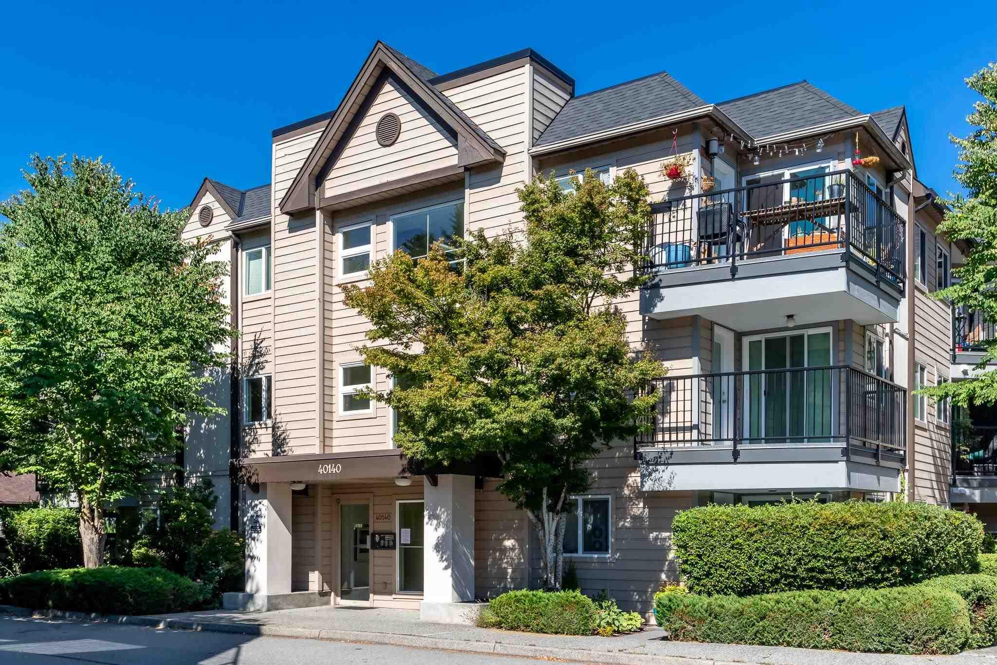 C310 40140 WILLOW CRESCENT - Garibaldi Estates Apartment/Condo for sale, 1 Bedroom (R2606088)