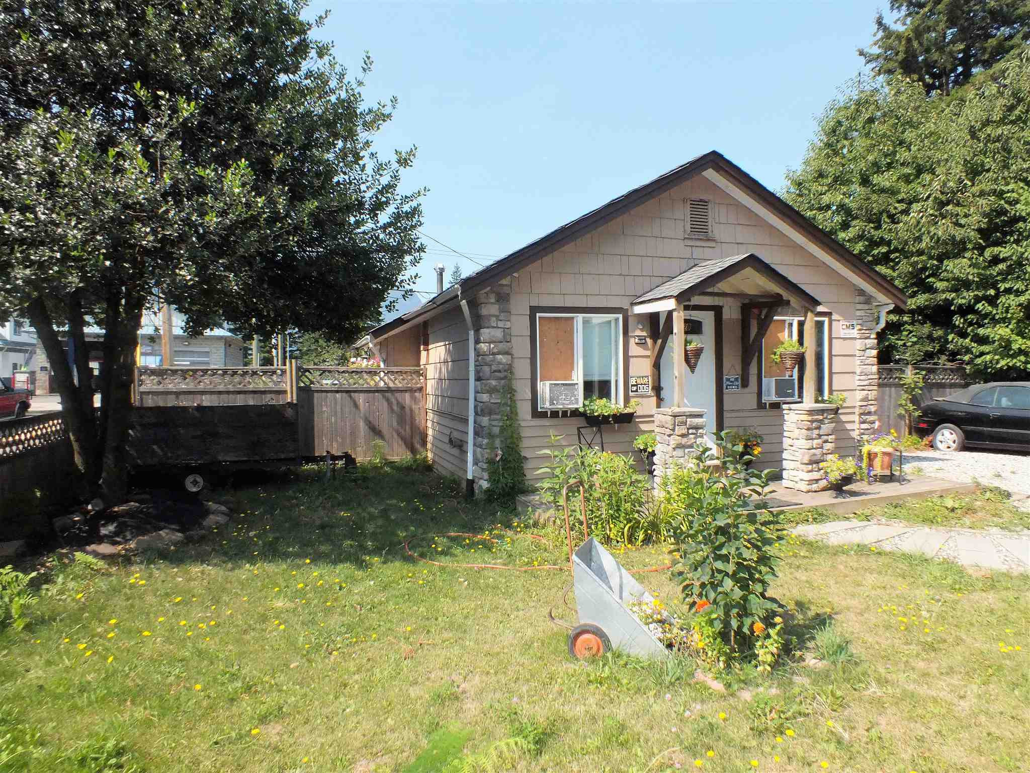 720 FRASER AVENUE - Hope Center House/Single Family for sale, 2 Bedrooms (R2606112)