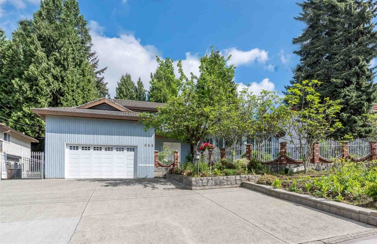 663 SYDNEY AVENUE - Coquitlam West House/Single Family for sale, 10 Bedrooms (R2606139)