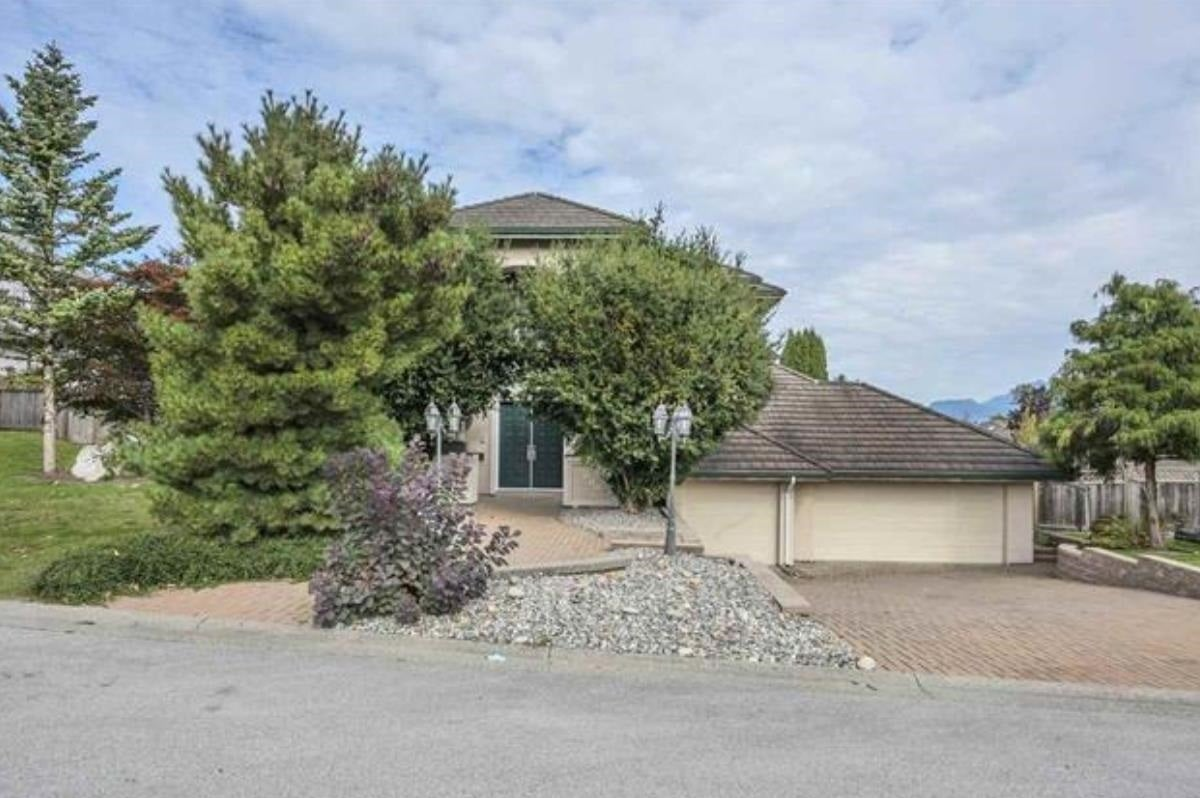 18005 98A AVENUE - Fraser Heights House/Single Family for sale, 5 Bedrooms (R2606151)
