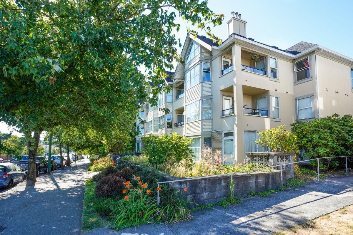 207 2355 W BROADWAY - Kitsilano Apartment/Condo for sale, 1 Bedroom (R2606268)