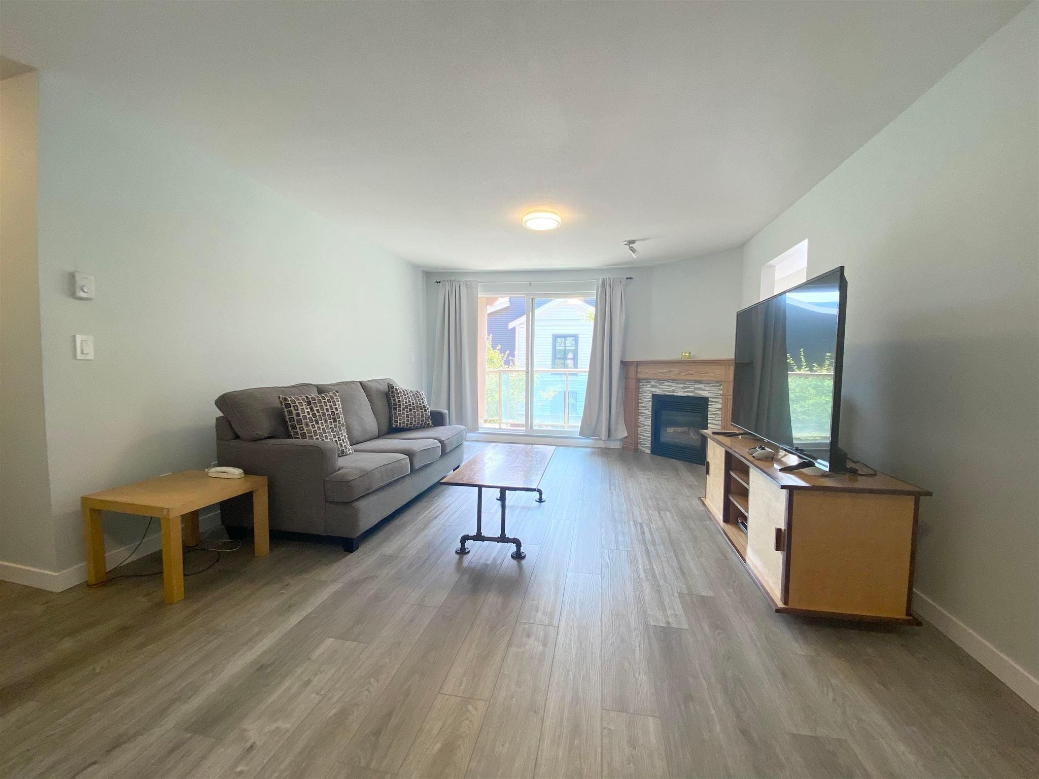 202 14981 101A AVENUE - Guildford Apartment/Condo for sale, 2 Bedrooms (R2606277)