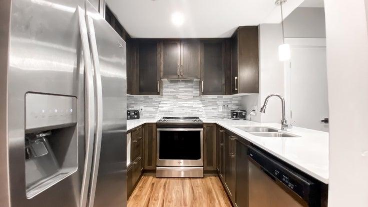 311 2465 WILSON AVENUE - Central Pt Coquitlam Apartment/Condo for sale, 1 Bedroom (R2606294)
