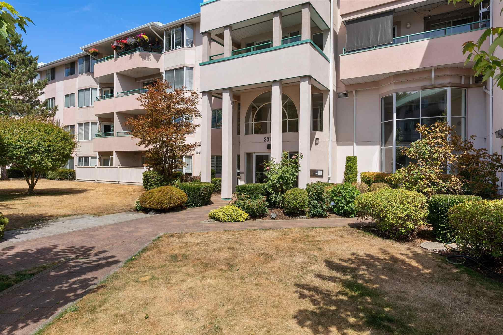 330 33173 OLD YALE ROAD - Central Abbotsford Apartment/Condo for sale, 2 Bedrooms (R2606476) - #1