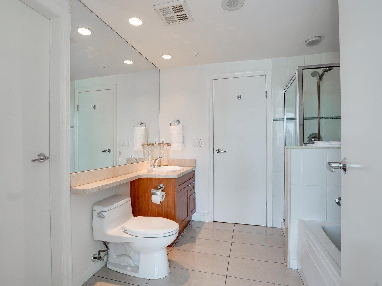1003 1790 BAYSHORE DRIVE - Coal Harbour Apartment/Condo for sale, 1 Bedroom (R2606481) - #17