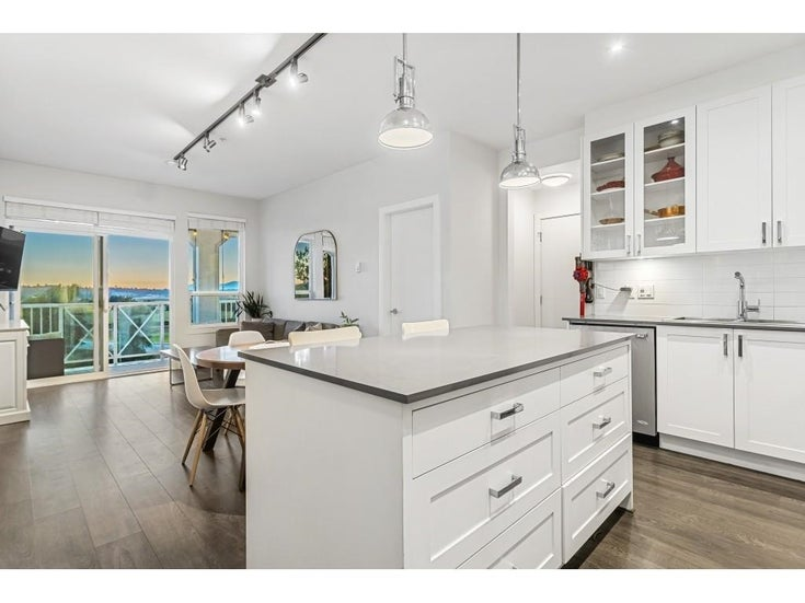 411 16380 64 AVENUE - Cloverdale BC Apartment/Condo for sale, 2 Bedrooms (R2606531)