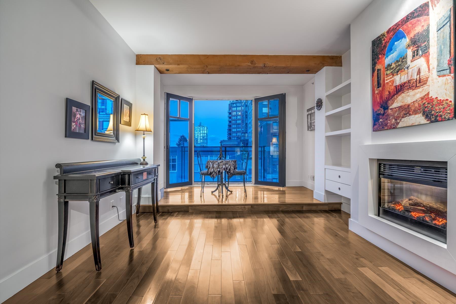 303 1275 HAMILTON STREET - Yaletown Apartment/Condo for sale, 1 Bedroom (R2606541) - #1