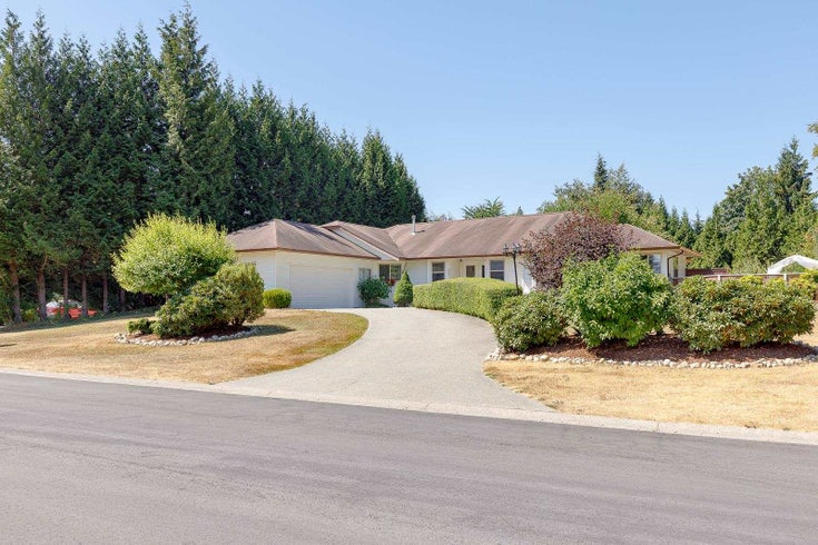 8053 WATKINS TERRACE - Mission BC House with Acreage for sale, 5 Bedrooms (R2606897)