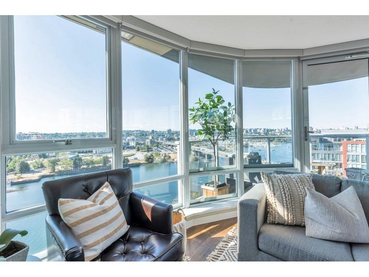 2006 918 COOPERAGE WAY - Yaletown Apartment/Condo for sale, 3 Bedrooms (R2607000)
