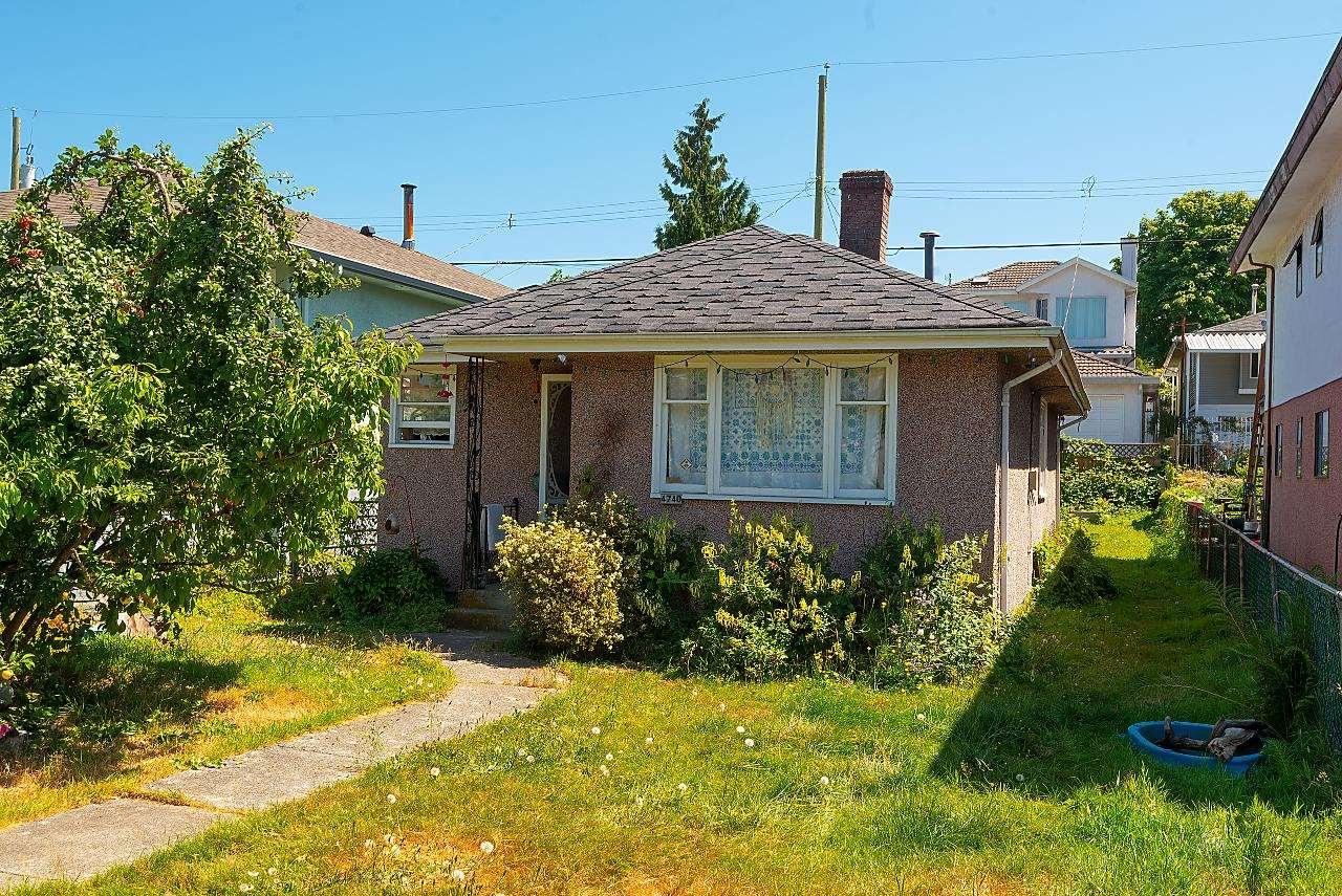 4740 REID STREET - Collingwood VE House/Single Family for sale, 2 Bedrooms (R2607042)